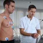 Placement des électrodes lors d'un ECG