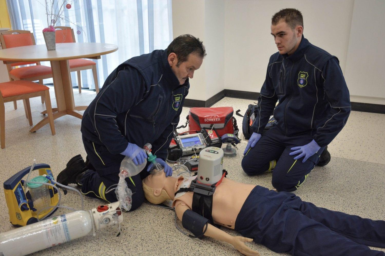 Ambulanciers_SMET_SCHILLER